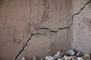 Commercial Building Settlement Crack